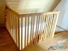 Treppenabgang im oberen Stockwerk.