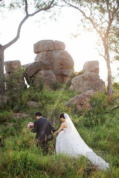 Adventurous safari wedding in South Africa: http://www.stylemepretty.com/2014/07/23/adventurous-safari-wedding-in-south-africa/ | Photography: http://christianothstudio.com/
