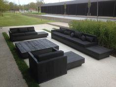 Steigerhout lounge zwart gebeitst met zwarte kussens
