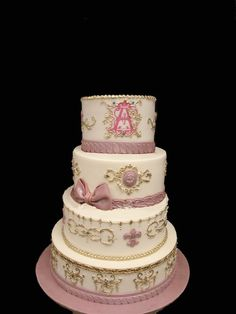 Pretty in pink with a royal spin with this classical wedding cake. @PartyFlavors #PartyFlavors