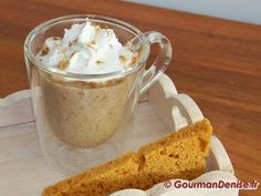 Cappuccino de cèpes, crème fouettée salée à la poudre de cèpes et croutons de pain d'épices