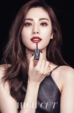 Nana for High Cut . She is the World's Most Beautiful Face 2014 & 2015 - out of artists, & 10 million suggestions & 100 million views. She is the first girl to truly cross the East-West divide on beauty . She is our Nana Korean Makeup, Korean Beauty, Asian Beauty, Ysl Beauty, Beauty Shoot, Most Beautiful Faces, Beautiful Asian Girls, Kpop Girl Groups, Kpop Girls