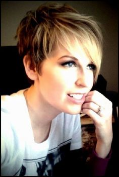 23 Short Layered Haircuts Ideen für Frauen #frauen #haircuts #ideen #layered #short