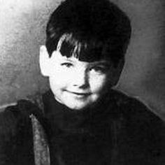 Young Pierce Brosnan