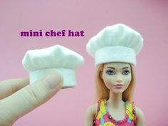DIY Miniature Doll Mini Chef Hat - Very Easy! - YouTube Barbie Chef, Barbie Und Ken, Barbie Dolls, Barbie Stuff, Sewing Barbie Clothes, Barbie Sewing Patterns, Doll Clothes Patterns, Chef Dress, Hat Tutorial
