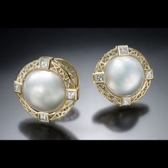 Every girl deserves pearls    Created by Christopher Duquet Fine Jewelry Design; Chicago;   Materials: Yellow Gold, Pearl, Diamonds