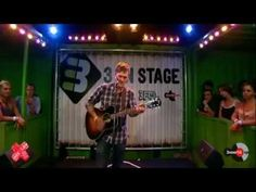 Brian Fallon -1930 (acoustic) 3 on stage    100% the most beautiful version of this song i have EVER heard! God I love this man and both his bands!