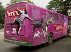 Need more guerrilla marketing ideas? As the web becomes more mobile, so has marketing tactics! Today we present a couple examples of how marketing has Creative Advertising, Bus Advertising, Ads Creative, Street Marketing, Guerilla Marketing, Bus Art, Commercial Ads, Bus Stop, Car Wrap