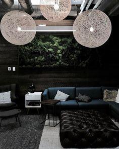 Random light by Berjan Pot via Moooi | www.moooi.com | www.moooi.com | #lighting #suspension #suspended #lamp #white # #livingroom #interior #design #randomlight #moooi