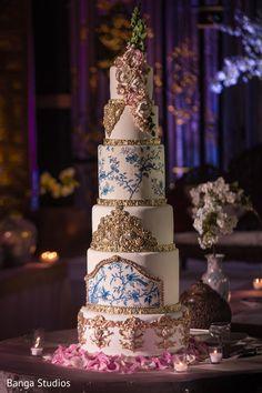 Wedding Cake http://www.maharaniweddings.com/gallery/photo/38010 @bangastudios