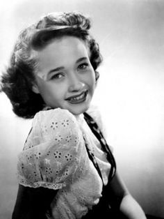 Jane Powell, Song of the Open Road, 1944 Hollywood Icons, Hollywood Fashion, Golden Age Of Hollywood, Vintage Hollywood, Hollywood Glamour, Hollywood Stars, Classic Hollywood, Old Movie Stars, Classic Movie Stars