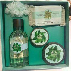Saya menjual Fuji Green Tea Gift Set Small The Body Shop seharga Rp359.000. Dapatkan produk ini hanya di Shopee! https://shopee.co.id/shaumiiii/192257581/ #ShopeeID