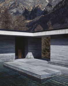Via _roomonfire Therme Vals in Graubünden, Switzerland by Peter Zumthor, 1996 photographed by Hélène Binet. Renzo Piano, Exterior Design, Interior And Exterior, Stone Exterior, Therme Vals, A As Architecture, Ludwig Mies Van Der Rohe, Tadao Ando, Zaha Hadid