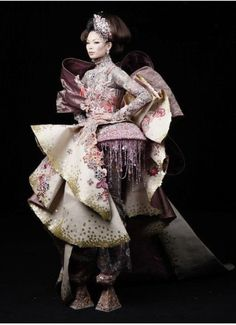 Guo Pei: Creating Chinese Couture - crafthaus