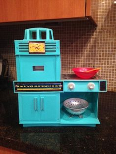 I need this 1964 Vintage Easy Bake Oven!!!!