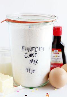 homemade funfetti cake mix ~ http://iambaker.net