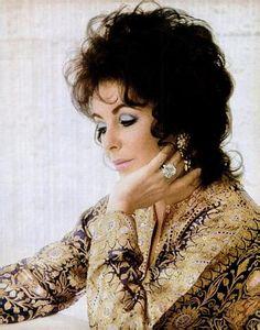 Elizabeth Taylor-- 1972