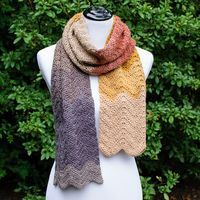 This Autumn Ripple crochet scarf pattern makes for a great project for any experience level! It's a perfect beginner project because it only takes one stitch and some increases and decreases to get an awesome ripple effect. Add in some self striping yarn Plaid Au Crochet, Crochet Scarves, Crochet Yarn, Crochet Stitches, Autumn Crochet, Crochet Roses, Crochet Wraps, Shawl Patterns, Knitting Patterns