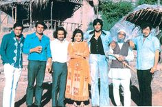 Love Story Of The Evergreen Couple: Hema Malini And Dharmendra - BollywoodShaadis.com
