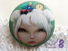 Fabric button, girl de la boutique Mauveetcapucine sur Etsy