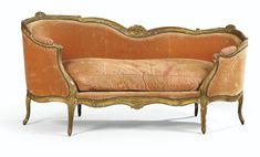 Canapé en sultane en bois sculpté et redoré d'époque Louis XV | Lot | Sotheby's