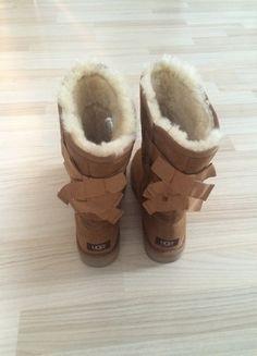 Kaufe meinen Artikel bei #Kleiderkreisel http://www.kleiderkreisel.de/damenschuhe/stiefel/133942306-ugg-boots-beige