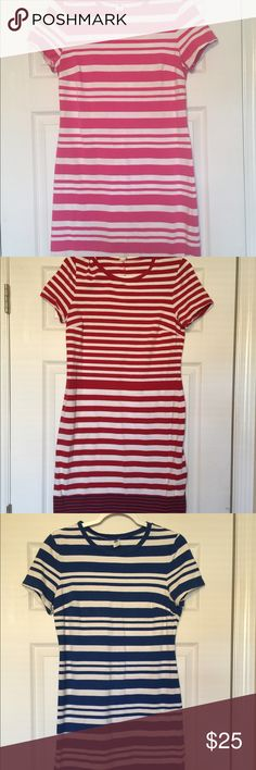 """5 Old Navy T shirt dresses! Lot of 5 for $30! I bought 5 of these old Navy dresses for my job as a teacher and loved them... now I've gained weight and can't wear them!  You can dress these up or down.  Knee length.  Not too short. I'm 5'8"""".   I'll sell individually for $8 or all 5 for $30 Old Navy Dresses"""