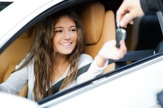 5 Tips for Buying a Car in 2015  #cars #carbuying #2015