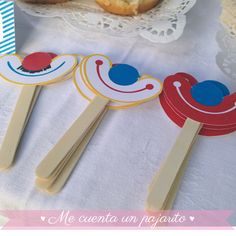 Best Picture For diy carnival headpiece For Your Taste You are looking for something, and it is going to tell you exactly what you are looking for, and you didn't find that picture. Here you will find Birthday Clown, Clown Party, Circus Theme Party, Carnival Birthday Parties, Party Themes, Preschool Circus Theme, Clown Crafts, Circus Crafts, Diy Carnival