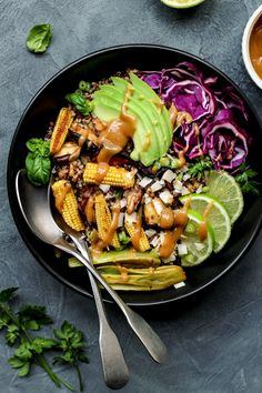 Big Thai Peanut Quinoa Salad (Vegan)