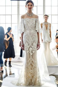 Marchesa Bridal SS 2017 Presentation | Aisle Perfect: http://aisleperfect.com/2016/04/marchesa-spring-2017-collection.html #wedding #bridal
