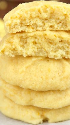 Double Lemon Pudding Cookies ~ An easy no-mixer-required recipe for sweet lemon cookies!... The softest & chewiest you'll ever eat -- under 100 calories each!