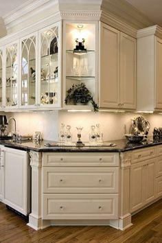 Luxury And Elegant Kitchen Design Inspiration design Luxury and Elegant Kitchen Design Inspiration - Onechitecture Kitchen Redo, New Kitchen, Kitchen Remodel, Kitchen Corner, Kitchen Ideas, Corner Bar, Kitchen Unit, Corner Storage, Kitchen Layout