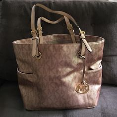 Rose gold MK bag Used once. No stains or signs of wear Michael Kors Bags Totes