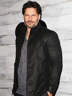 Star Tracks: Friday, September 25, 2015 | SMOLDERING STARE | Also there: Sofia Vergara's other half, Joe Manganiello, who steps out solo for the event.