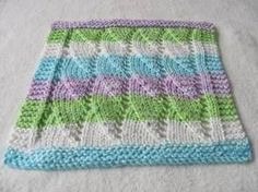 Knitting Patterns Dishcloth Shell Dishcloth–many free dishcloth patterns here Knitted Washcloth Patterns, Knitted Washcloths, Dishcloth Knitting Patterns, Crochet Dishcloths, Knit Or Crochet, Loom Knitting, Knitting Stitches, Free Knitting, Crochet Patterns