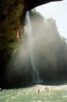 Cachoeira da Chapada das Mesas, Maranhão, Brasil...