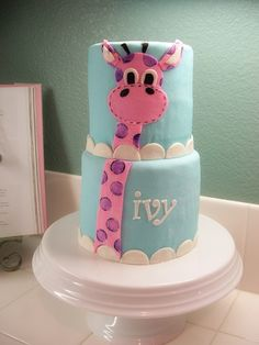 Giraffe Cake - This was for my little girl's birthday. I am so bummed she got sick and we had to call off her party! Oh well, more cake for us! Cupcakes, Cupcake Cakes, Giraffe Cakes, Pink Giraffe, Novelty Cakes, Occasion Cakes, Girl Cakes, Fancy Cakes, Love Cake
