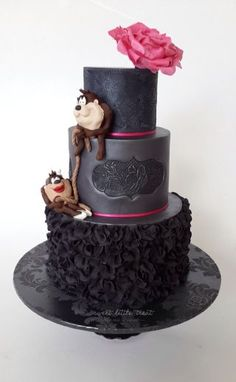 Black beauty - Cake by Sweet Little Treat - CakesDecor