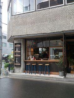 外観写真 : ビオトープコーナースタンド (BIOTOP CORNER STAND)[食べログ]