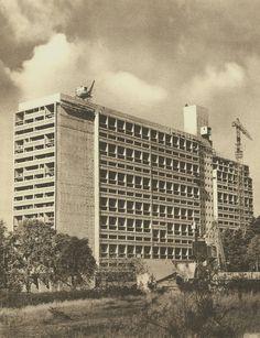 Work on l'unité d'habitation de Rezé began June 11, 1953 and ended March 21, 1955 | Le Corbusier
