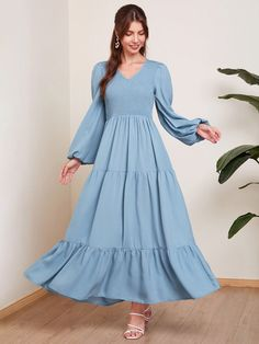 Casual Day Dresses, Modest Dresses, Stylish Dresses, Simple Dresses, Pretty Dresses, Fashion Dresses, Simple Pakistani Dresses, Mode Abaya, Sleeves Designs For Dresses
