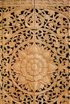 Traditional Balinese Wood Carving http://www.silvermessages.com/sterlingsilverjewelry/category/bali-jewelry.html