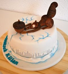 Ice Age Birthday Cake - Scrat and the nut