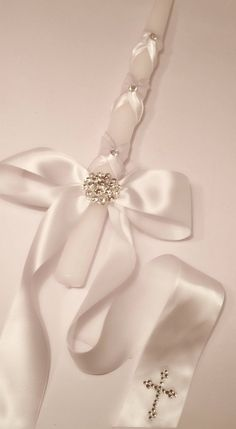 Items similar to Pearl Wrapped Candle with Crystal Cross and Ivory Satin Ribbon on Etsy Baptism Party Favors, Baptism Centerpieces, Christening Giveaways, Baptism Candle, Custom Candles, Creations, Communion, Crystal Cross, Thalia