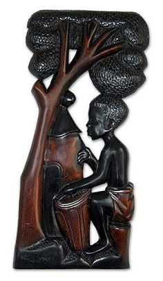 Eric Darko shares West African traditions in this exquisite #wood carvings.