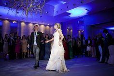 Almudena, vestida de Teresa Palazuelo, baila el vals con su padre. http://teresapalazuelo.com/BLOG/la-boda-de-almudena/