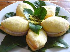 Dolci Limoni, davvero troppo belli per essere mangiati ma anche troppo buoni per resistere... Sono una vera tentazione per il palato...