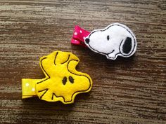 Snoopy or Woodstock inspired feltie placed upon a pink or yellow and white polka dot grosgrain ribbon lined alligator clip! The special little