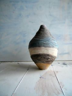 Wrapped vessel  ecodesign  home decor  handmade  di Coccidicarta